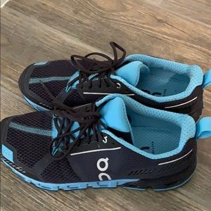 ON Shoes - ON Cloudflyer Men's Size 8